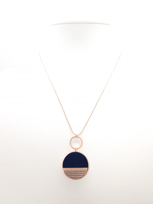 Collartz presents the Mila Blue Minimal Chain.