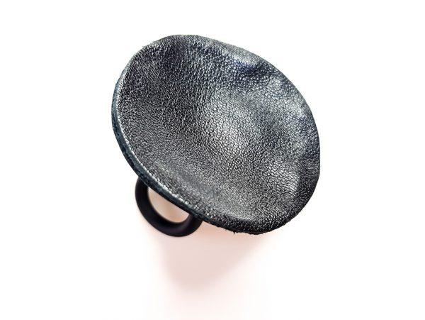 Collartz presenta los Anillos de Piel de 7PM Leather
