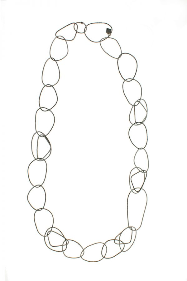 Collartz presents the Long Free Oxidized Necklace 3