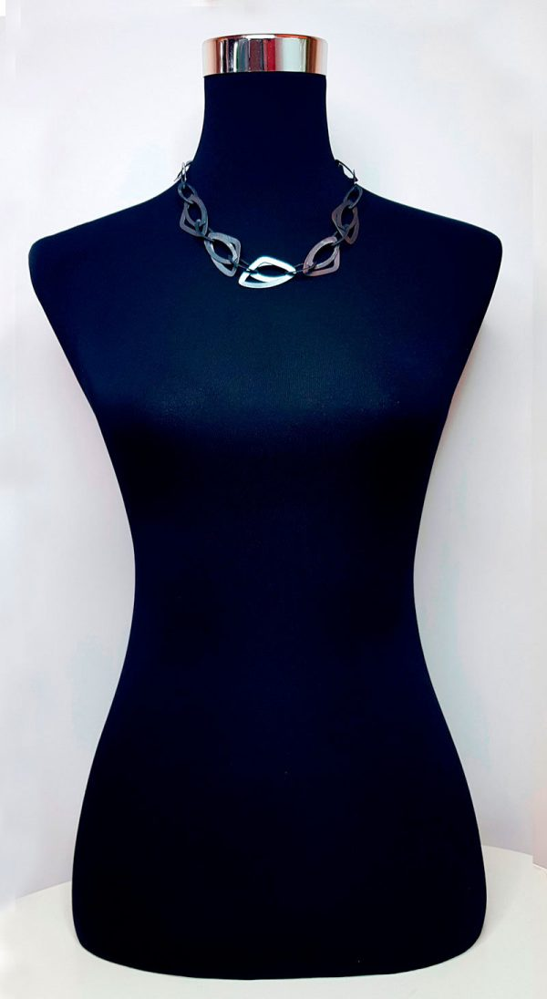 Collartz presents the Anthracite stamped Brass Long Necklace 5