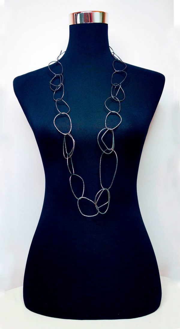 Collartz presents the Long Free Oxidized Necklace 5