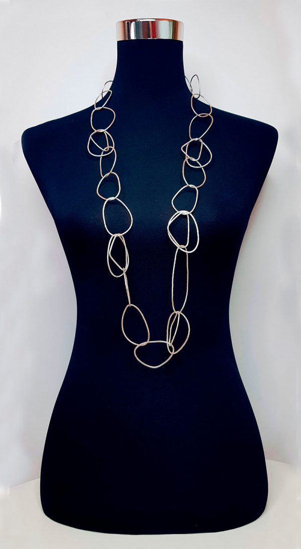 Collartz presents the Long Free Silver Plated Necklace 5