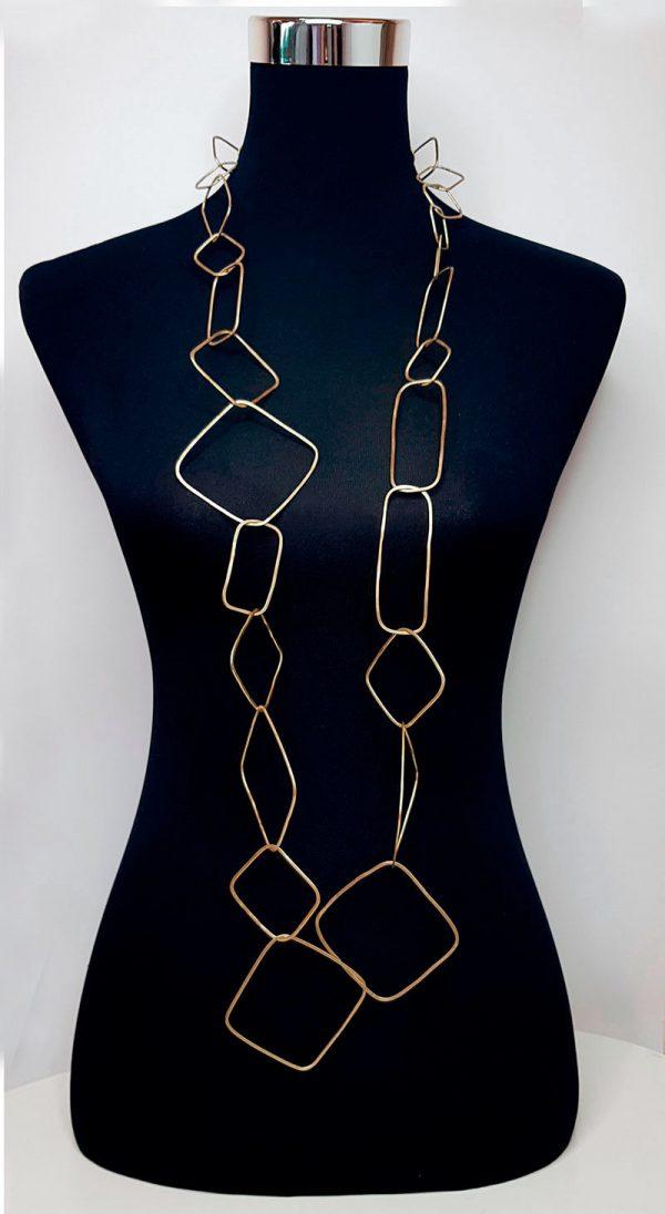 Collartz presents theTosca Long Golden Necklace 5