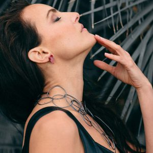 Collartz presents theLong Free Oxidized Necklace