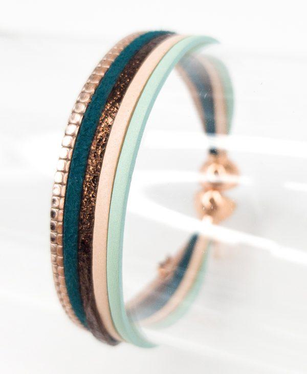 Collartzpresents the Leather Green Bracelet for Girls byFlowersForZoè.