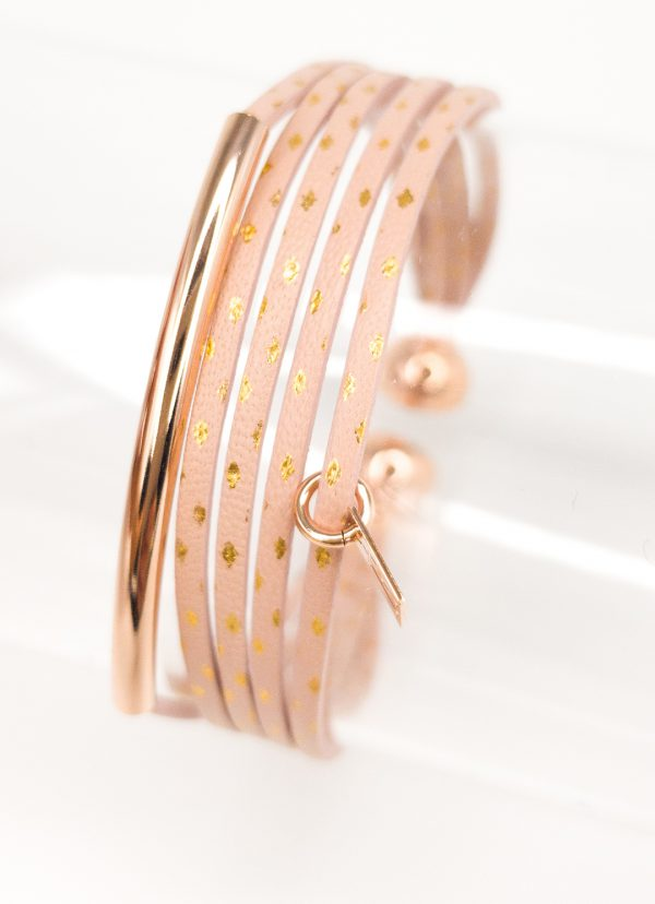 Collartz presents the Leather Bracelet for Girls Pink with Golden Stars by FlowersForZoé