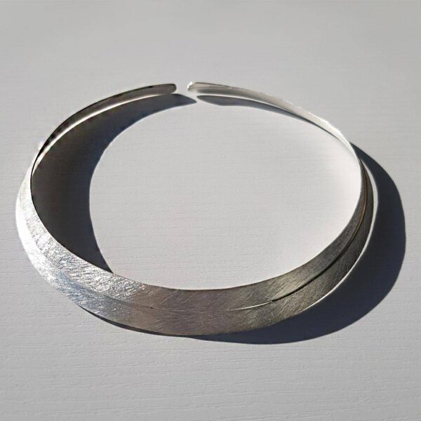 Double Scratch-finish Silver Choker 1