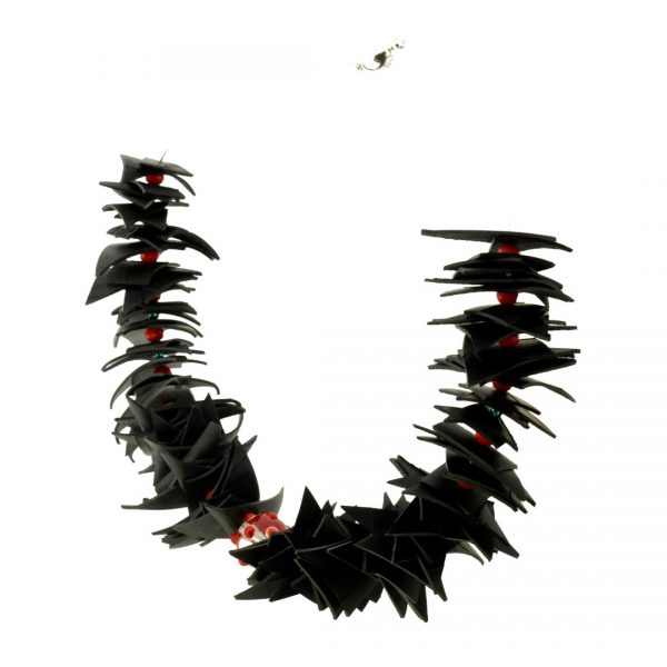 Collartz Recycled Rubber Necklace Colibri 2