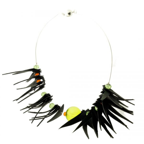 Recycled Rubber Necklace Air Guacamayo
