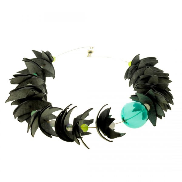 Collartz Recycled Rubber Necklace Air Tucan 2