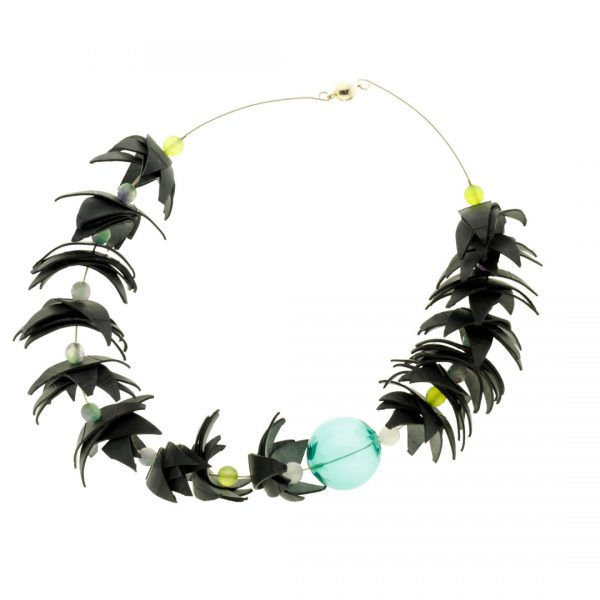 Collartz Recycled Rubber Necklace Air Tucan 3