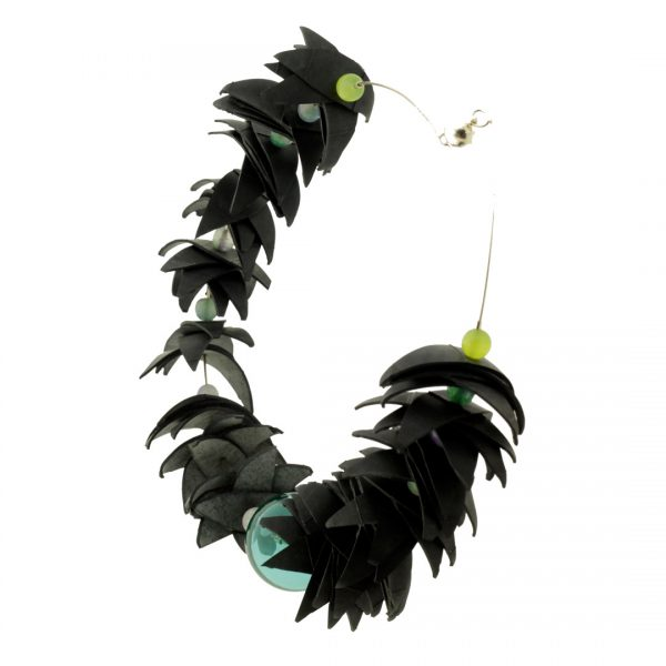 Collartz Recycled Rubber Necklace Air Tucan 4